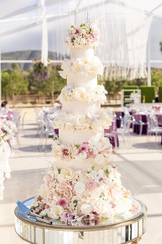 Brian Leahy Photo | Michelle Garibay Events | Luxury Temecula Wedding | La La Land Purple Wedding | Hollywood Glam Wedding | Glam Wedding Cake | Laura Marie's
