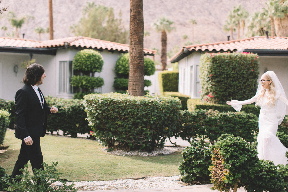 Michelle Garibay Events | Jenavieve Belair | Avalon Palm Springs | Modern Style Meets Farm-to-Table in Fig, Peach and Dusty Mauve