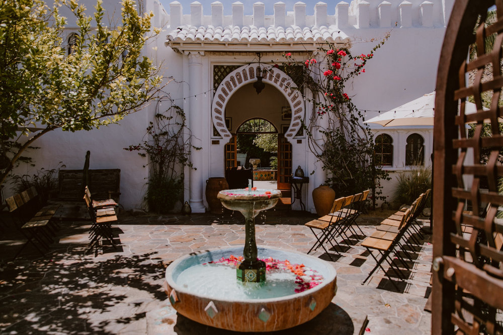 Modern Moroccan Jewish Wedding at Korakia Palm Springs | Michelle Garibay Events | The Gathering Season