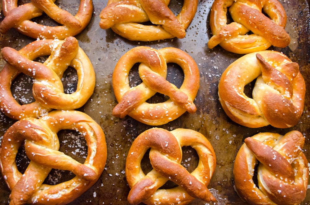 homemade bavarian soft pretzels