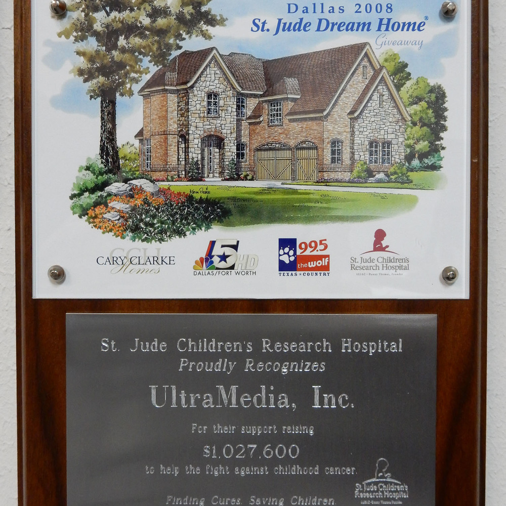UltraMedia awarded plaque for volunteerism