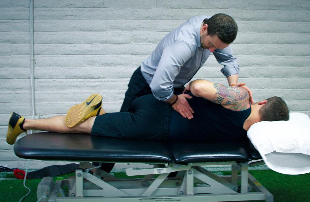 back-pain-treatment-manipulation