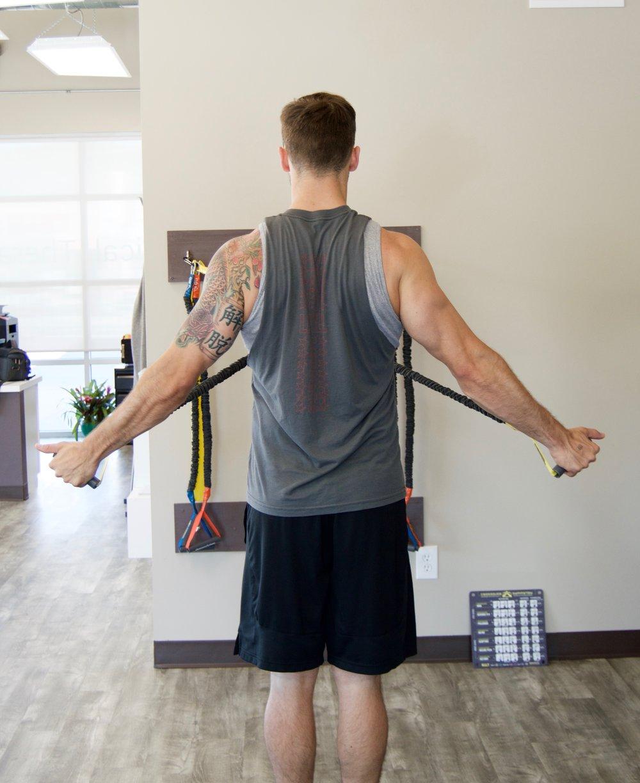 rotator cuff tear-treatment-exercise-strength