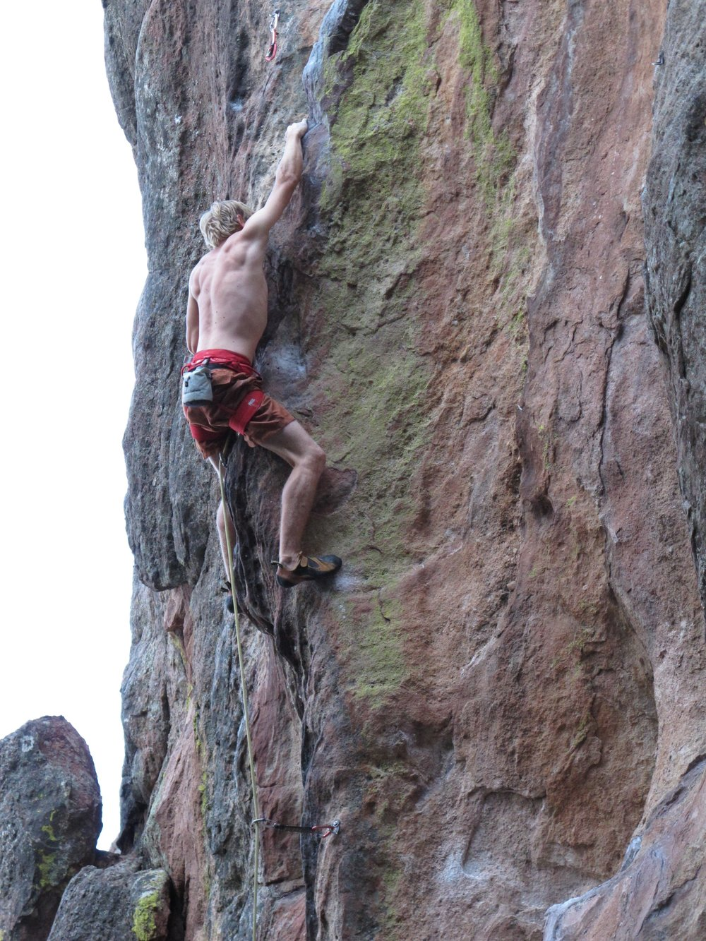 climbing-injury-risk-factors-prevention