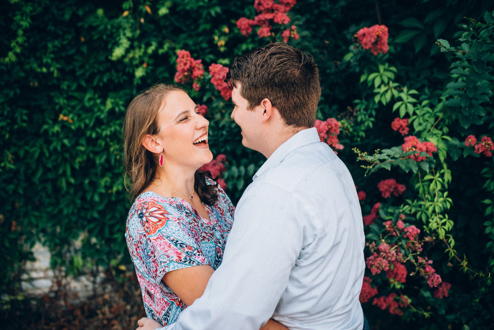 downtown raleigh engagement - raleigh wedding photographer - north carolina wedding photographer