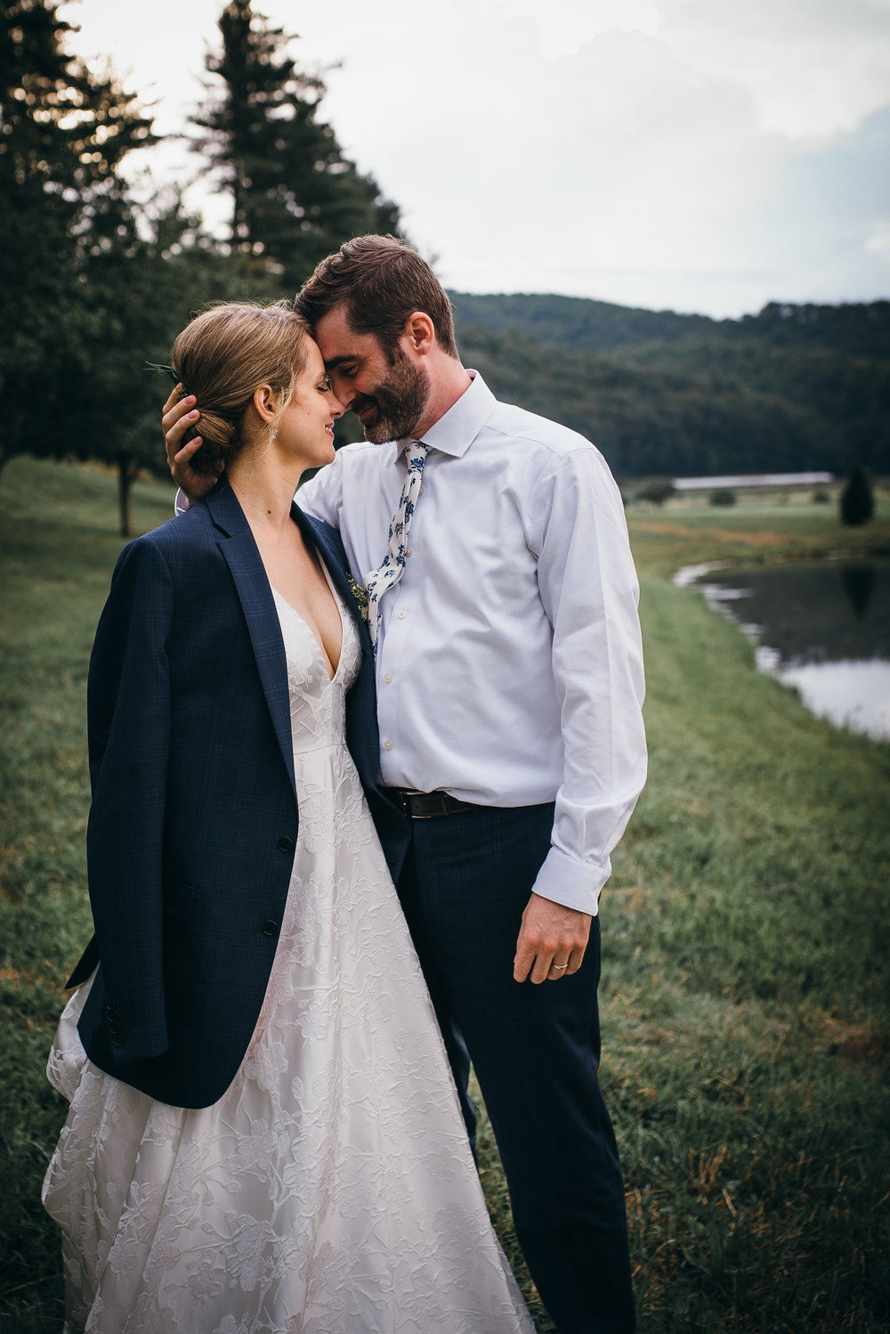 barn on the new river - asheville wedding photographer - north carolina weddingbarn on the new river - asheville wedding photographer - north carolina wedding photographer photographer