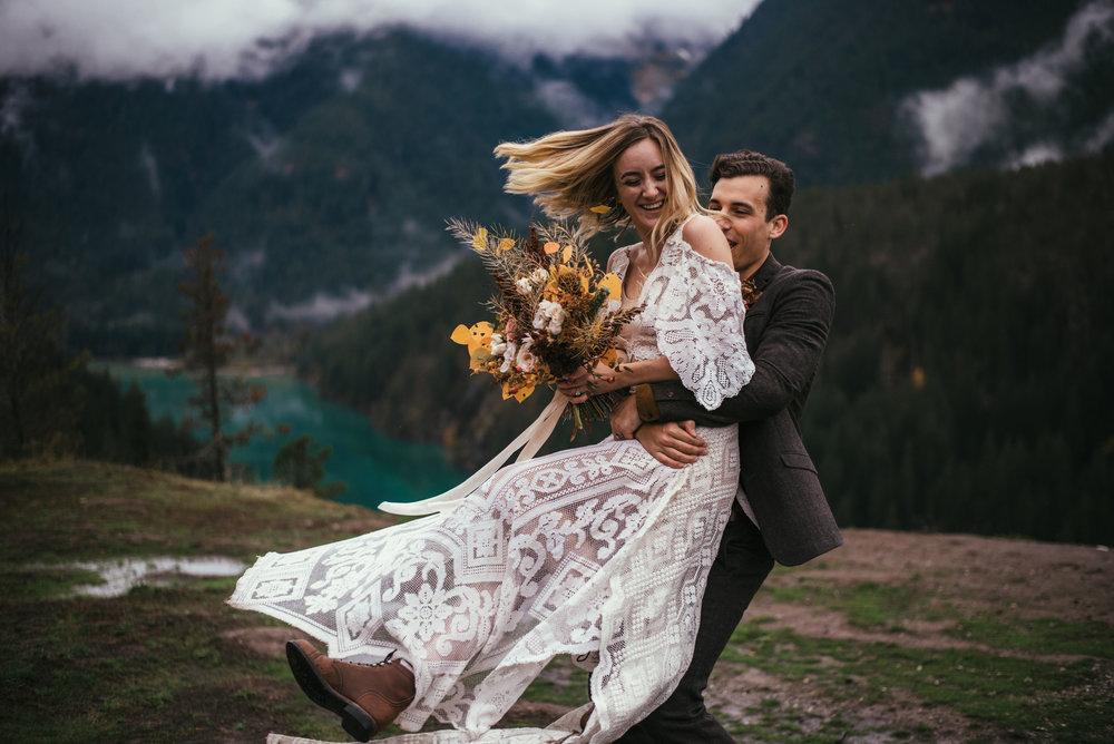 North Cascades Elopement - Pacific NorthWest Photographer - North Cascades Elopement - Washington Wedding Photographer