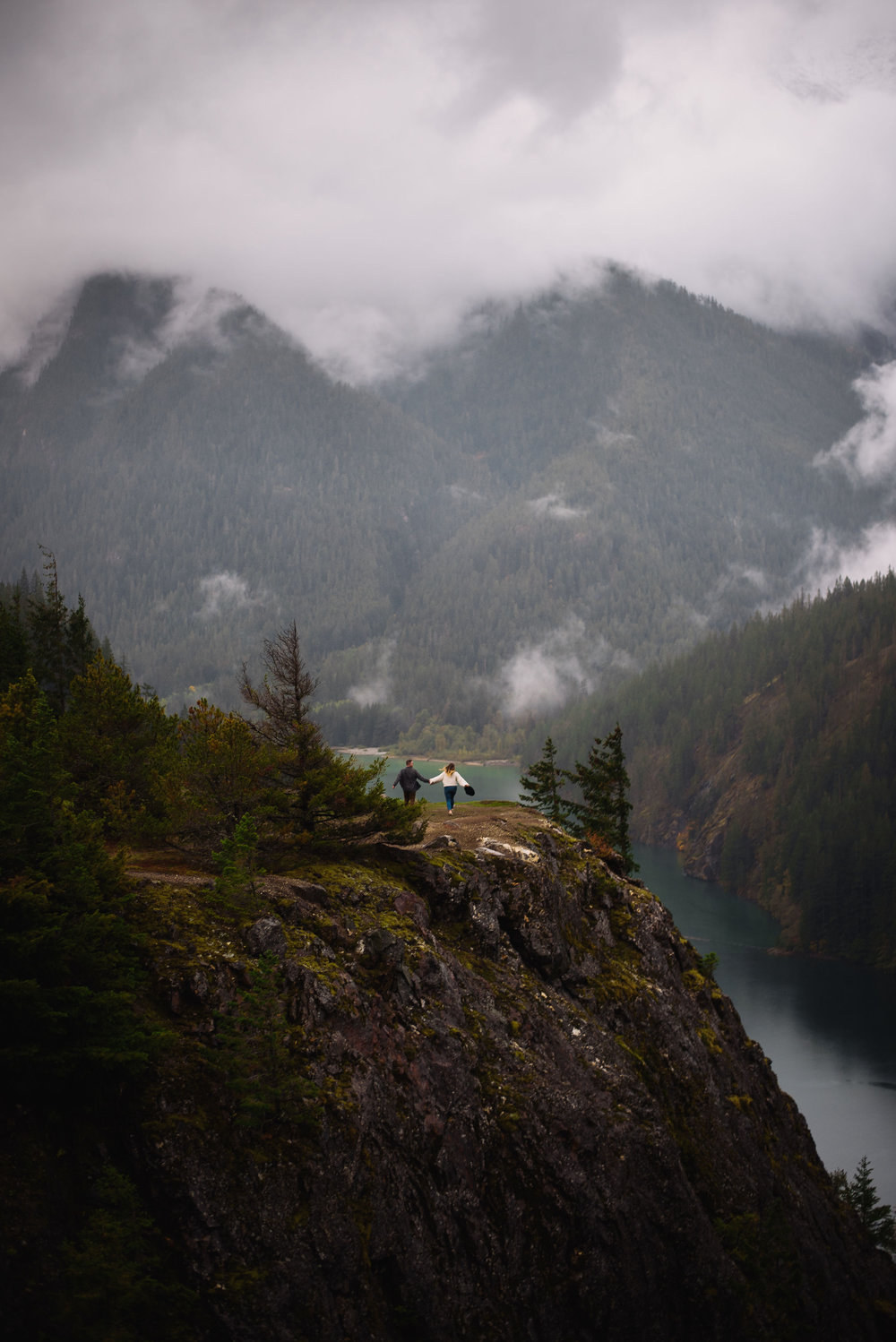 north cascades elopement - diablo lake engagement session - pacific northwest wedding photographer -