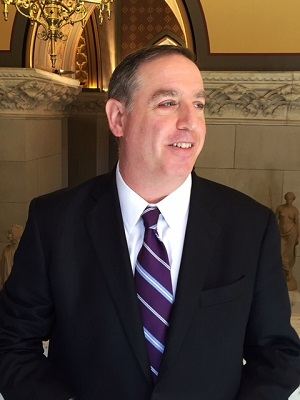 Douglas Schwartz, Quinnipiac University Poll Director