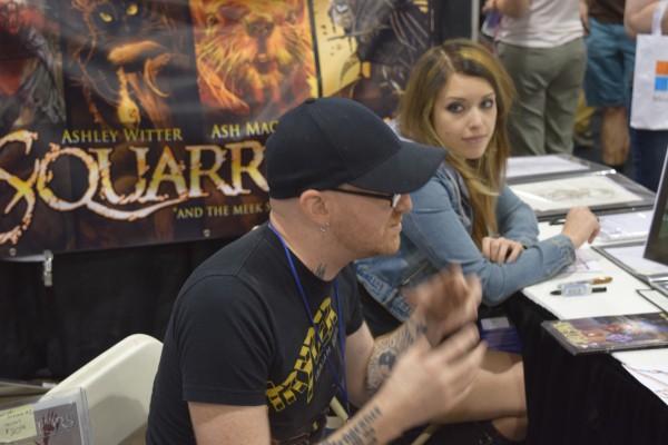 Ash Maczko and Ashley M. Witter at Phoenix Comic Con 2016 (3).