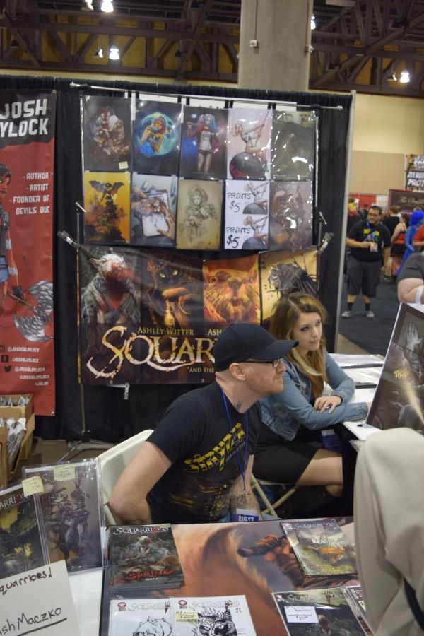 Ash Maczko and Ashley M. Witter at Phoenix Comic Con 2016 (1).