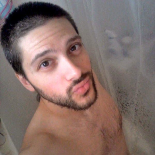 Shower selfie courtesy of Nick Marino.