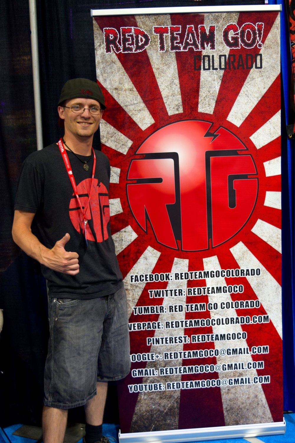 Colton Muheim with the RTG banner at Denver Comic Con 2016.