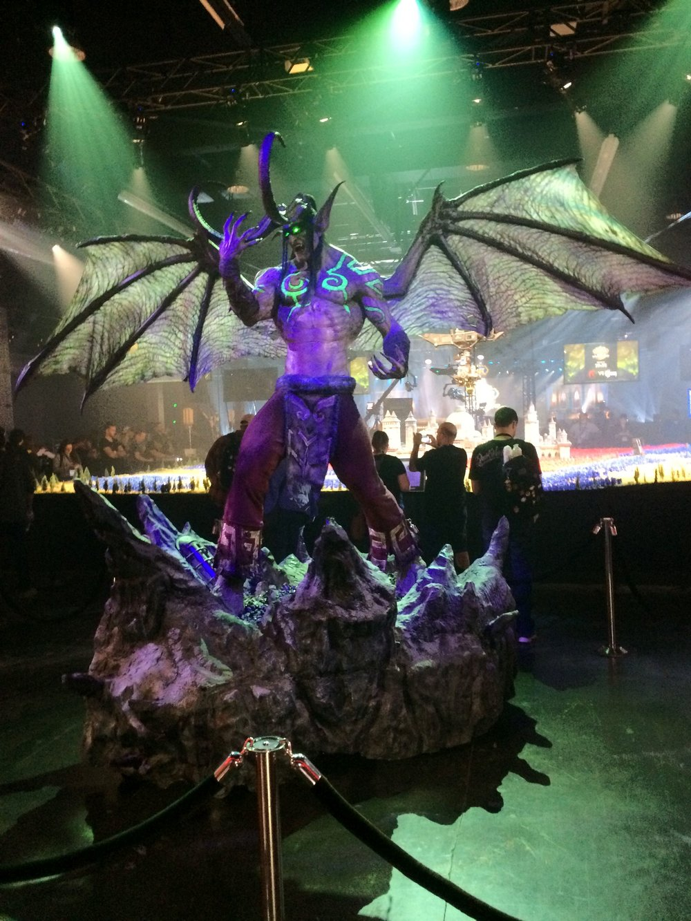 World of Warcraft statue at BlizzCon 2017.