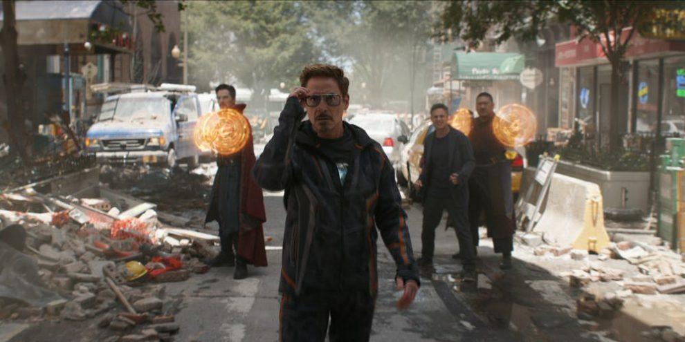 Dr. Strange ,  Tony Stark ,  Bruce Banner  and  Wong  witness the arrival of the  Black Order .