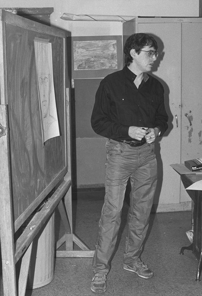 Bob Wiacek teaching an art class in the early '80s.