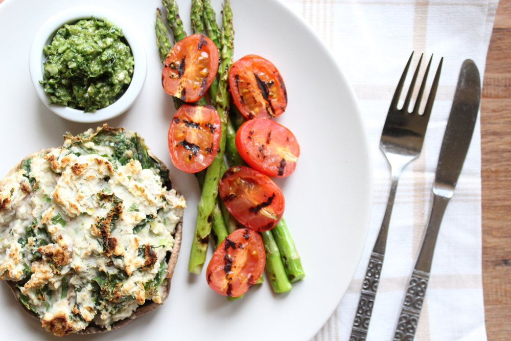 STUFFED MUSHROOMS WITH PESTO