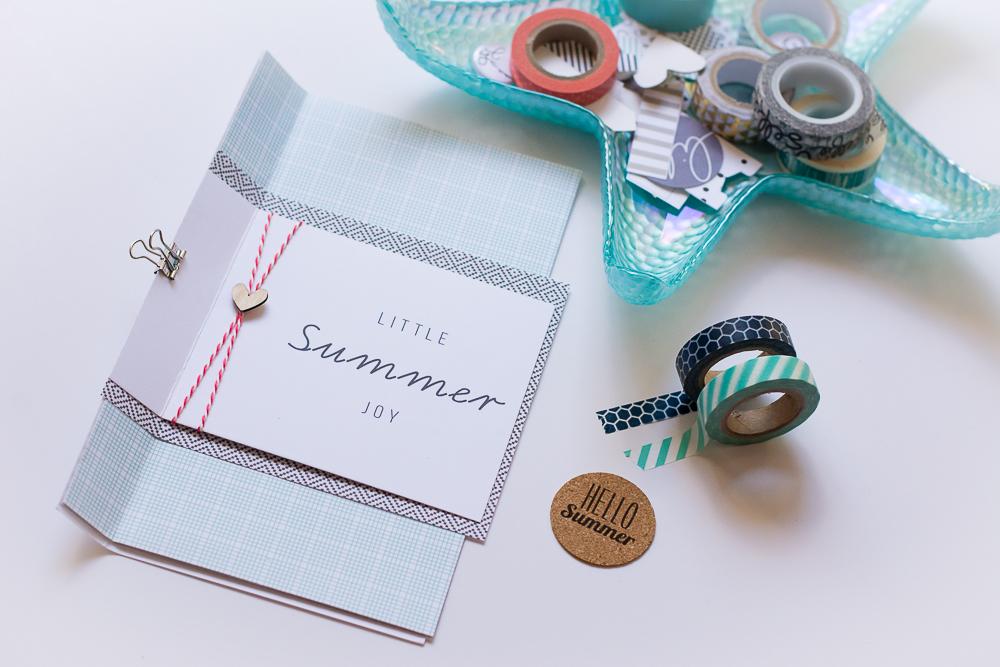 #LittleSummerJoy 2016 | A DIY Mini Album Celebrating Summer (via LittlePaperProjects.com), created by Mandy Elliott of Turquoise Avenue.