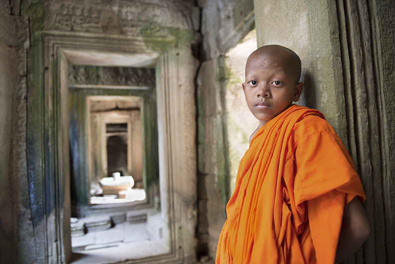 Angkor Monk Hallway.jpg