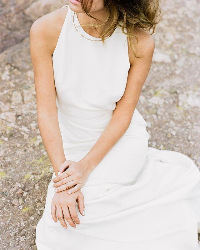 🌙 Photo by @iheartmygroom  #bride #wedding #vasquezrocks #sarahseven #santabarbaraweddingphotographer #santabarbaraweddingplanner #sbwedding #sbweddingplanner #santabarbarawedding