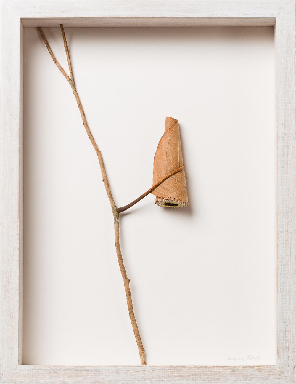 Susanna Bauer Keep I 34.2 x 26.3 x 5 cm magnolia leaf & cotton yarn  SOLD