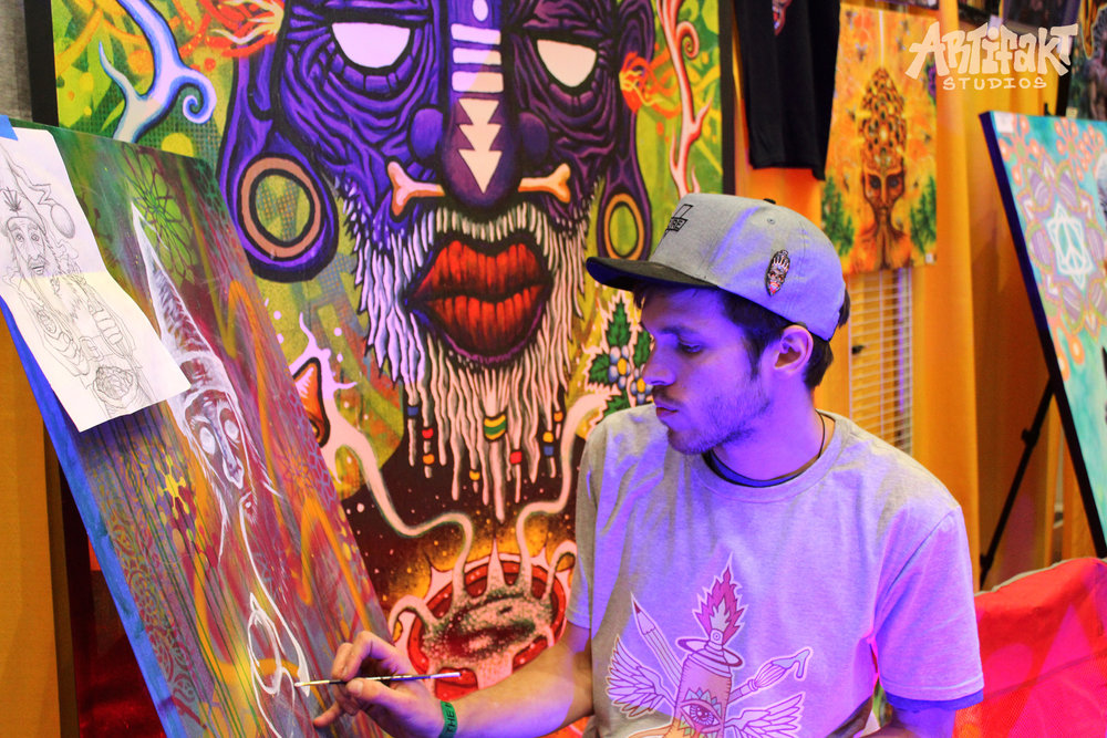 Live painting by Ryan. Photo by Nikki Stephens