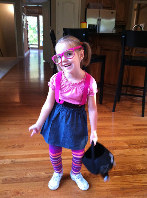 Emma+nerd+2.jpg