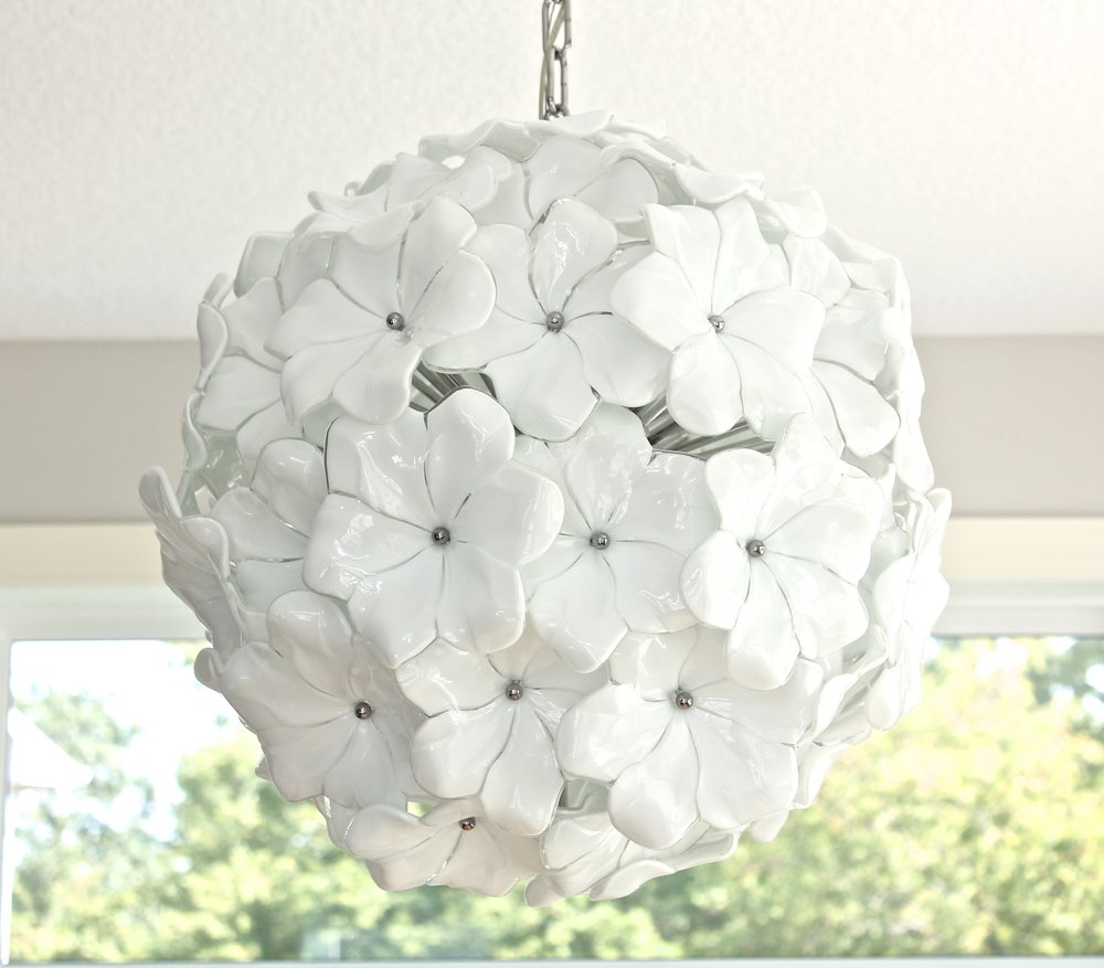 Venice glass chandelier. White flower chandelier. Murano Glass light fixture.