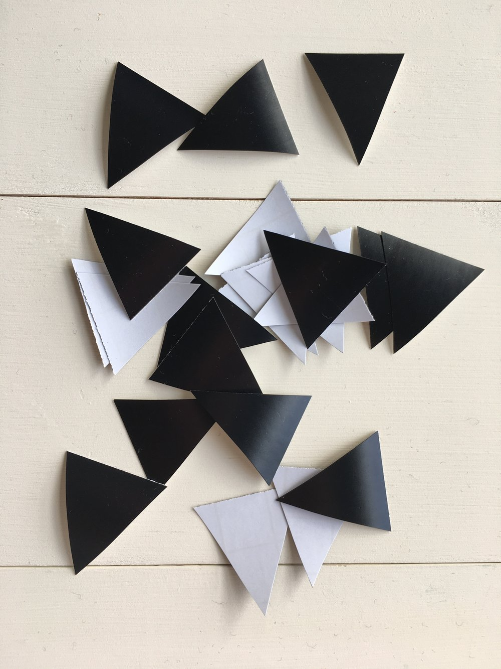 Vinyl triangle wall decals