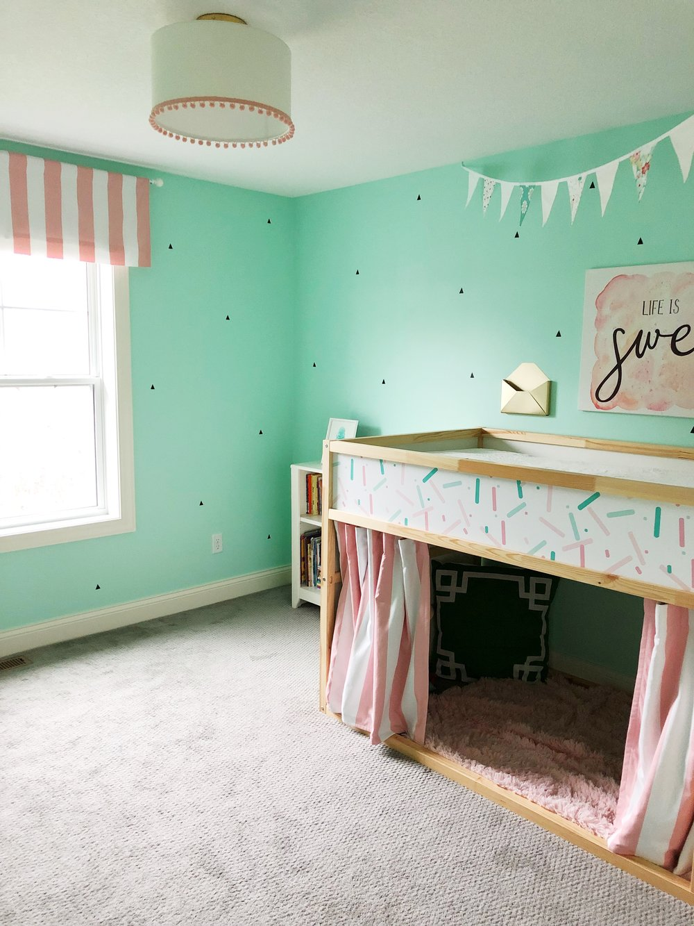Ice Cream Social Bedroom. Girl's bedroom makeover. Pink and mint girls bedroom.