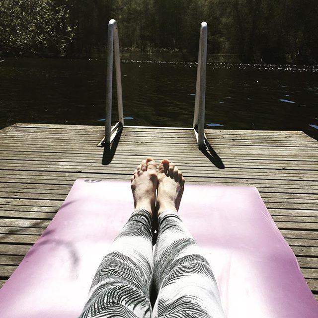 Sunlight, Yoga & Enjoying Life