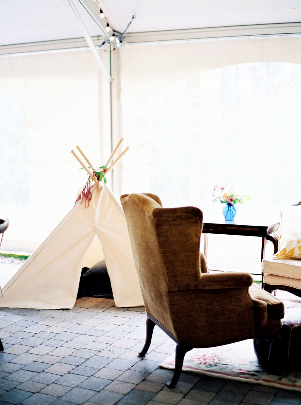 Boho Montana wedding at Glacier National Park
