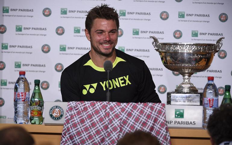 Stan, trofeulși ACEI pantaloni, care au făcut înconjurul lumii.