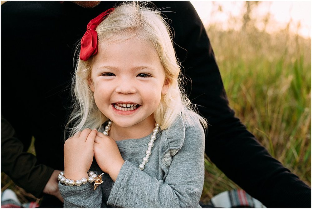 little girl laughing | orlando family photographer