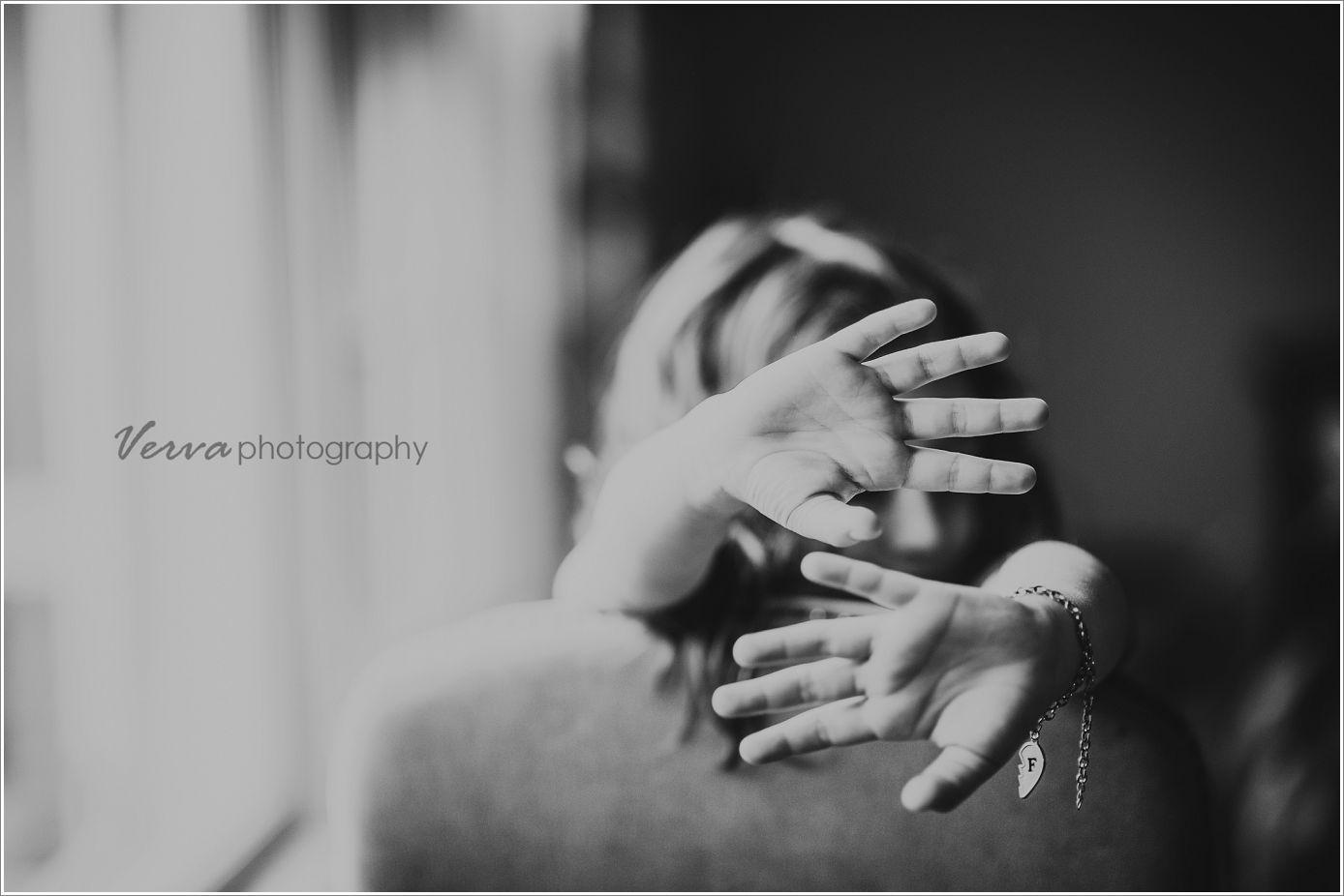 verva photography. hands