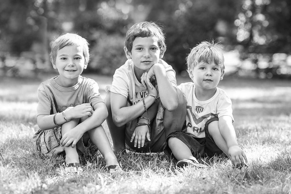 brothers.  sibling portraits in westchester county ny