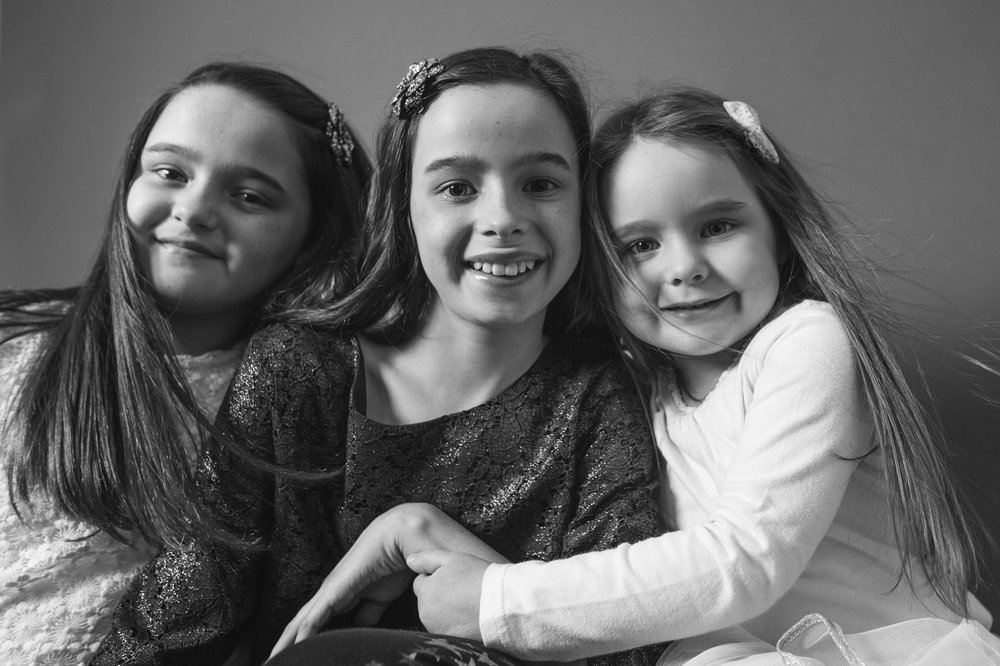Hannah, Sarah & Ellis