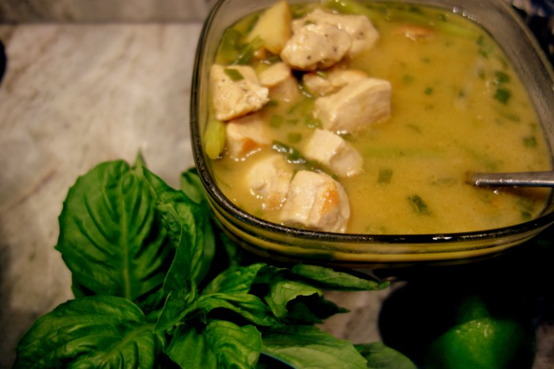 --- Tom Ka Gai (Chicken, Lemongrass, Coconut) ---