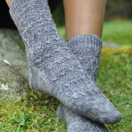 FEATURED PROJECT: Agatha Socks by nhkclaire