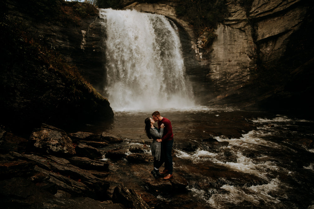 Adventure sessions - For the adventure seekers who celebrate love