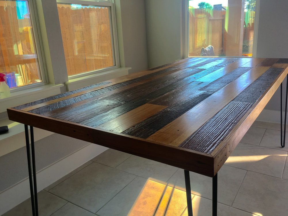 100+yo Reclaimed Barn Wood Table