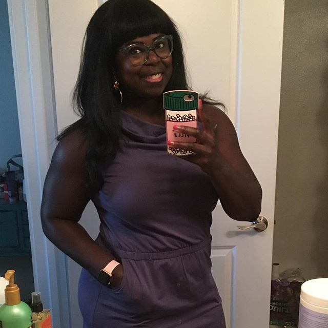 Hi. Social media makes me very anxious, so I'm not around that much right now. But here is proof of life. 💪🏿🙇🏿♀️