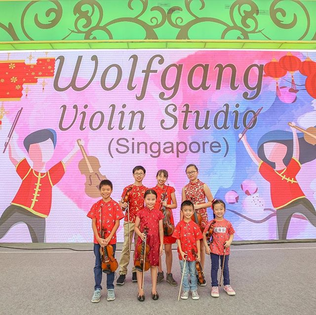 Now with #riverhongbao2019 done and dusted, we hope everyone has a wonderful Lunar New Year! Our studio will be closed from today till the 6th Feb. See you after the break ☺️ 🧧 . . . . . Photos @shawnseah_photography  #chinesenewyear2019 #wolfgangviolin #violin #cello #kidsorchestra
