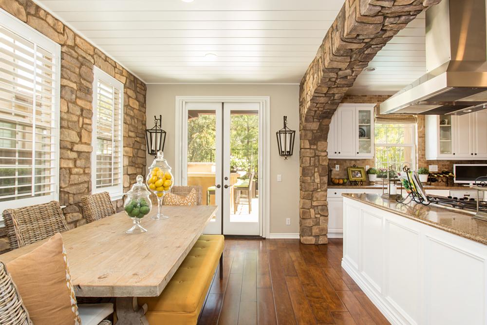 We create   Inviting homes