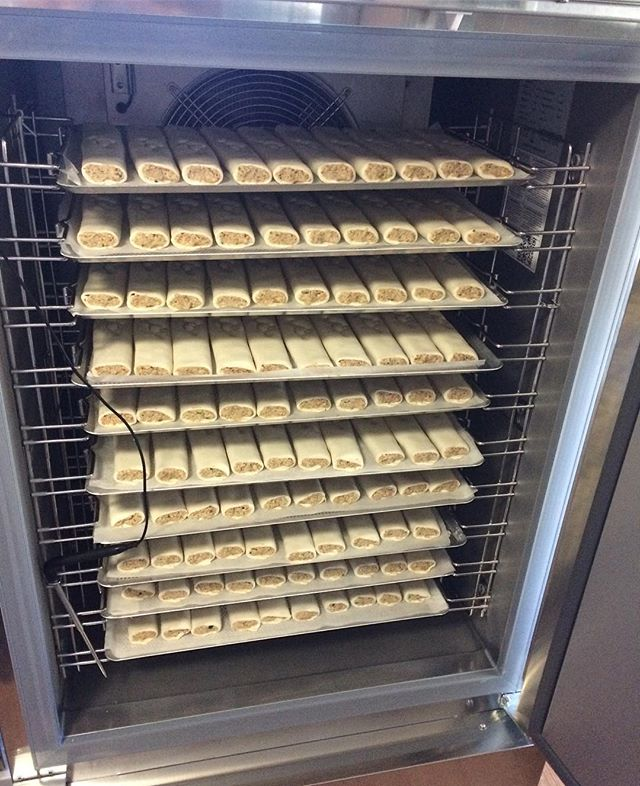 We just got another blast freezer to add to our collection 😄 meaning we can now blast freeze 320 of our sausage rolls at once!! #veganbusiness #blastfreezer #sausagerolls #veganfood #vegansofaustralia #vegansofig #yum #herbisaurus #exciting #timesaver #foodmanufacturing