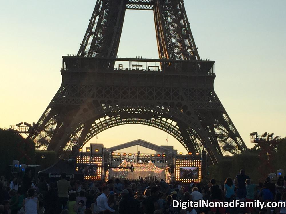 BASTILLE-DAY-Eiffel-Tower