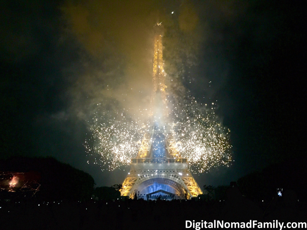 BASTILLE-DAY_Eiffel-Tower-Night