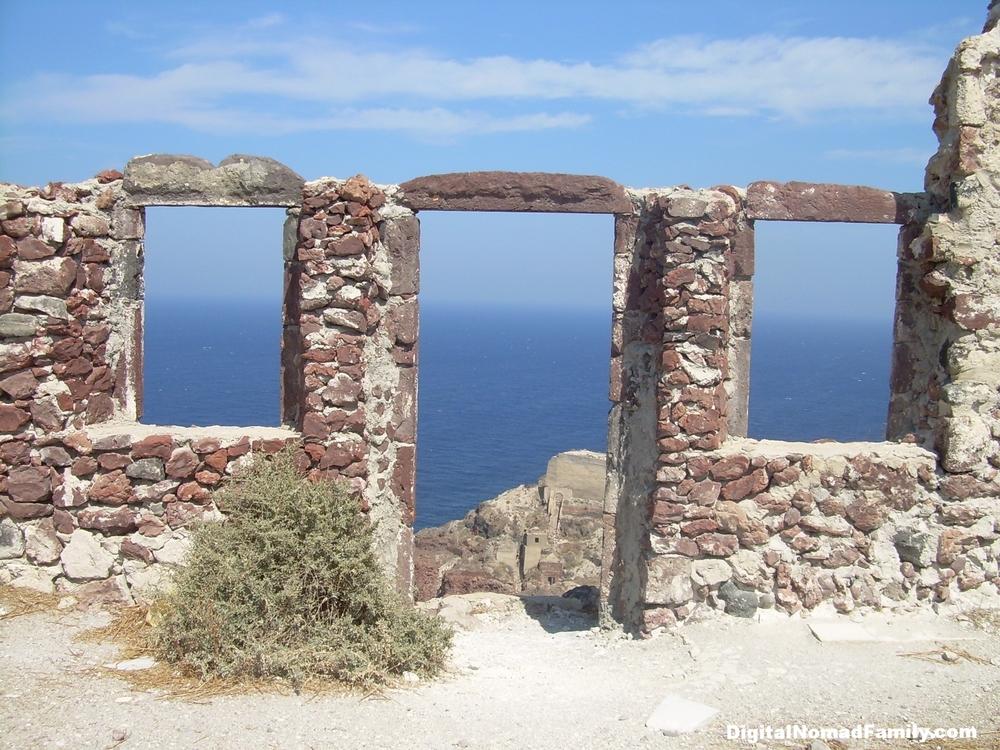 Beautiful sea views on Santorini