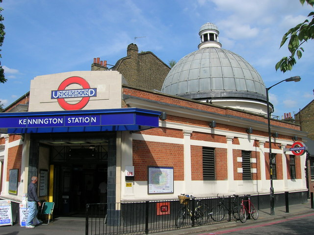 loveoflondon :     Kennington station.