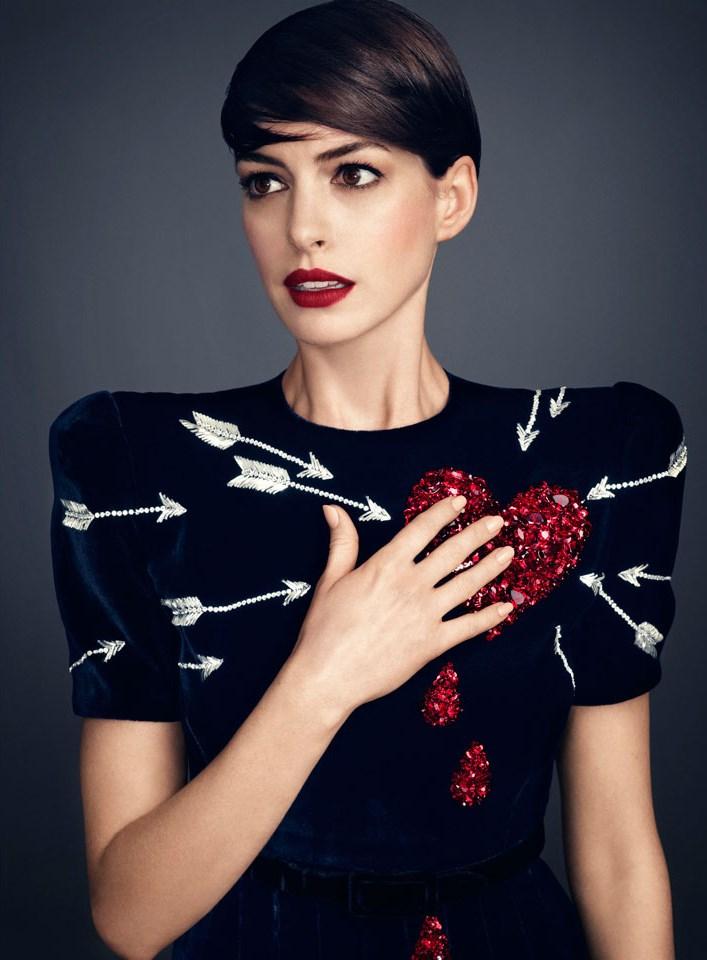 fshntography :     Anne Hathaway by Alexi Lubomirski